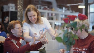 Саша Щёткина: как любовь к тёте помогает тысячам семей 2